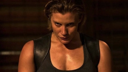 Katee-Sackhoff-in-Riddick-2013-Movie