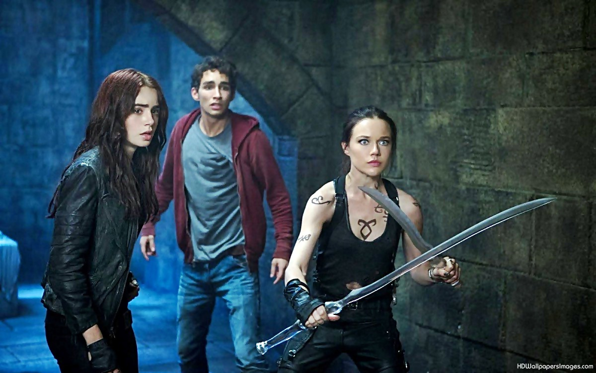 city of bones Watch the mortal instruments: city of bones (2013) 123movies full movie online free in hd quality in new york city, clary fray, a seemingly ordinary teenager.