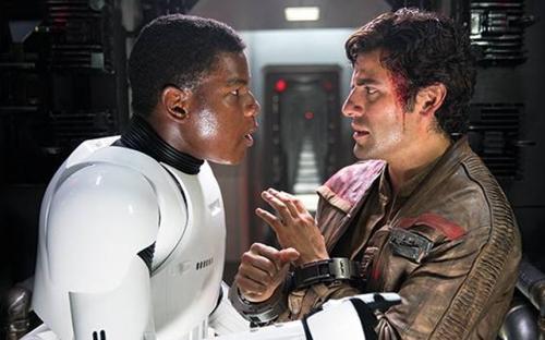 Poe (Oscar Isaac) and Finn (John Boyega)