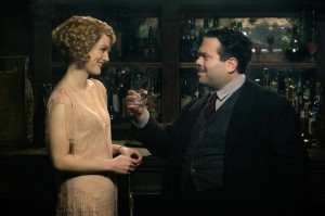 queenie-alison-sudol-and-kowalski-dan-fogler