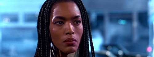 angela bassett strange days